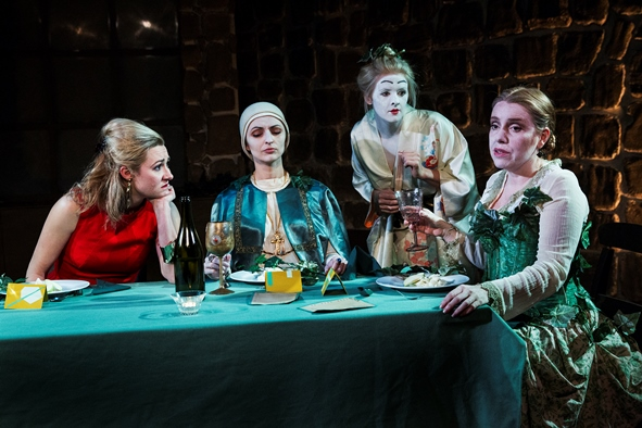 a review of top girls by caryl churchill It would be nice to think that caryl churchill's 1982 play, written during the rise of  thatcherism, now looks dated in fact, it seems terrifyingly.