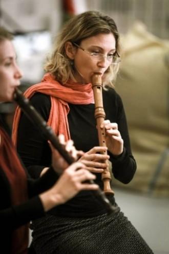 Melissa Farrow  dazzles on recorder